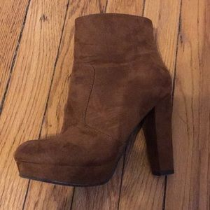 Mossimo (Target) Heel Boots in Brown Size 6M